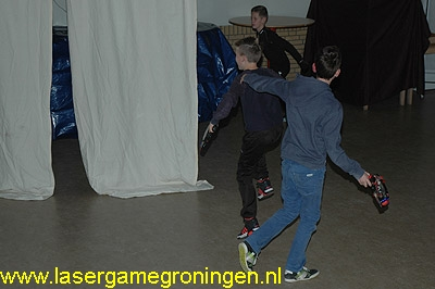 Lasergamen in dorpshuis Oldehove